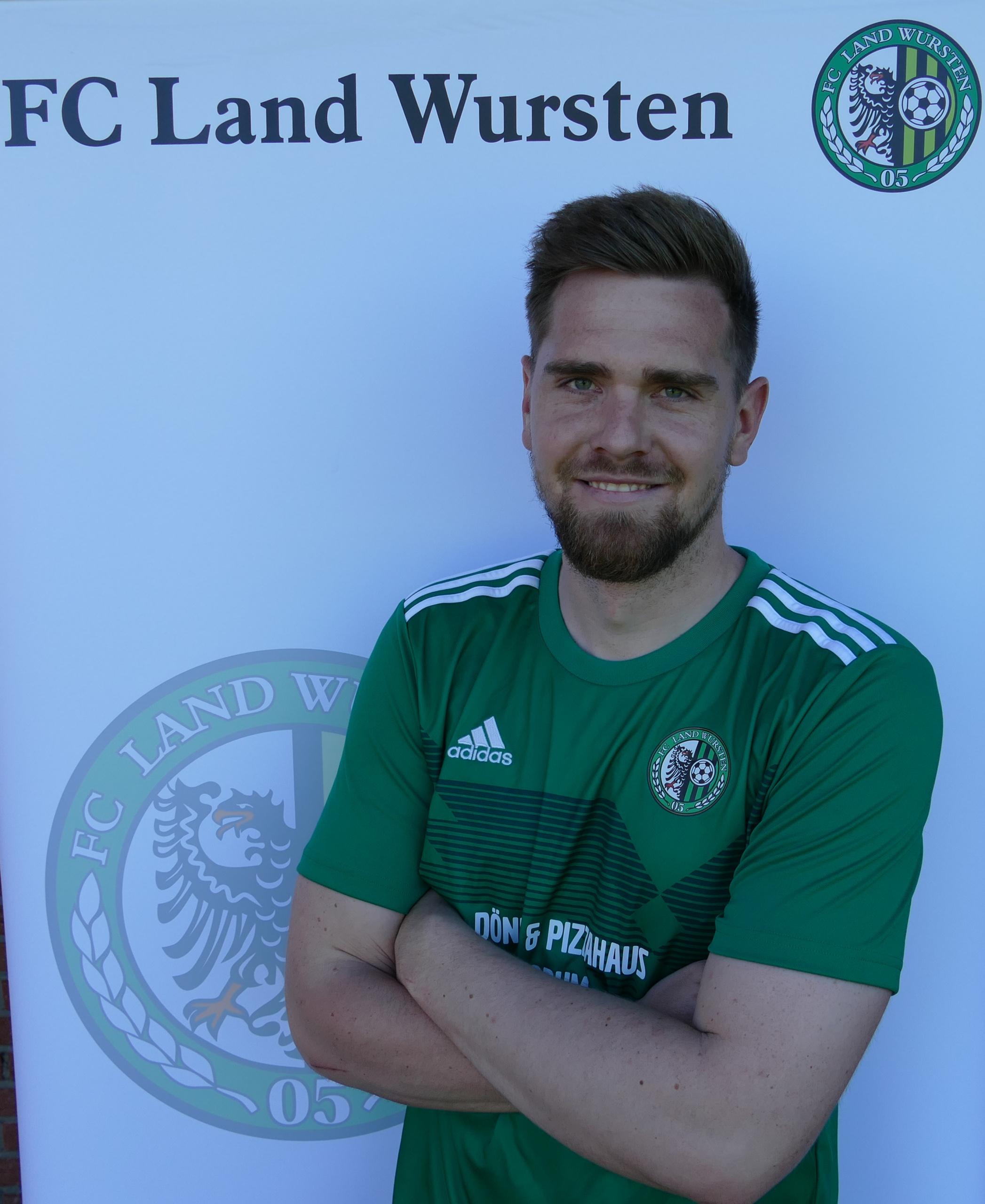 Timon Siebke kehrt zum FC Land Wursten zurück